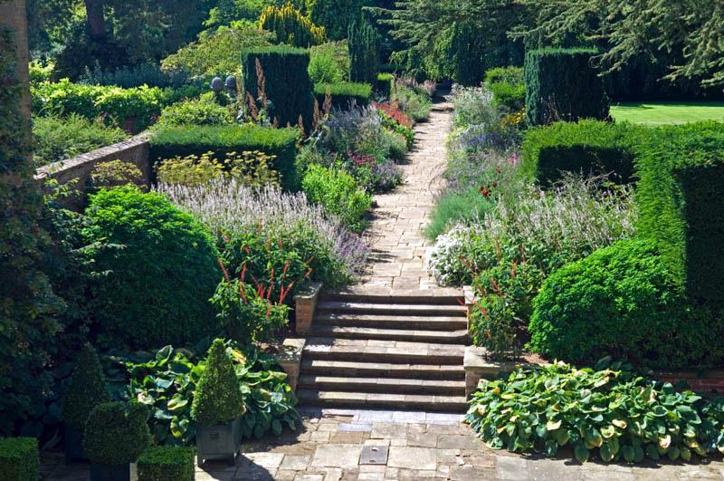 cottesbrooke_herbaceous_borders_original.jpg