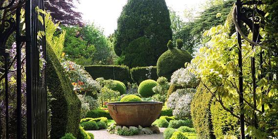 abbey_house_gardens.jpg