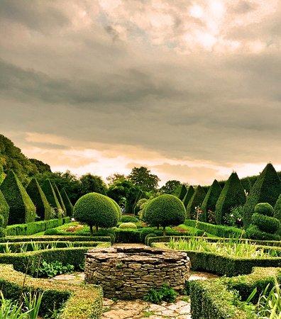abbey-house-gardens.jpg