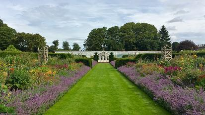 houghton_hall_garden.jpg