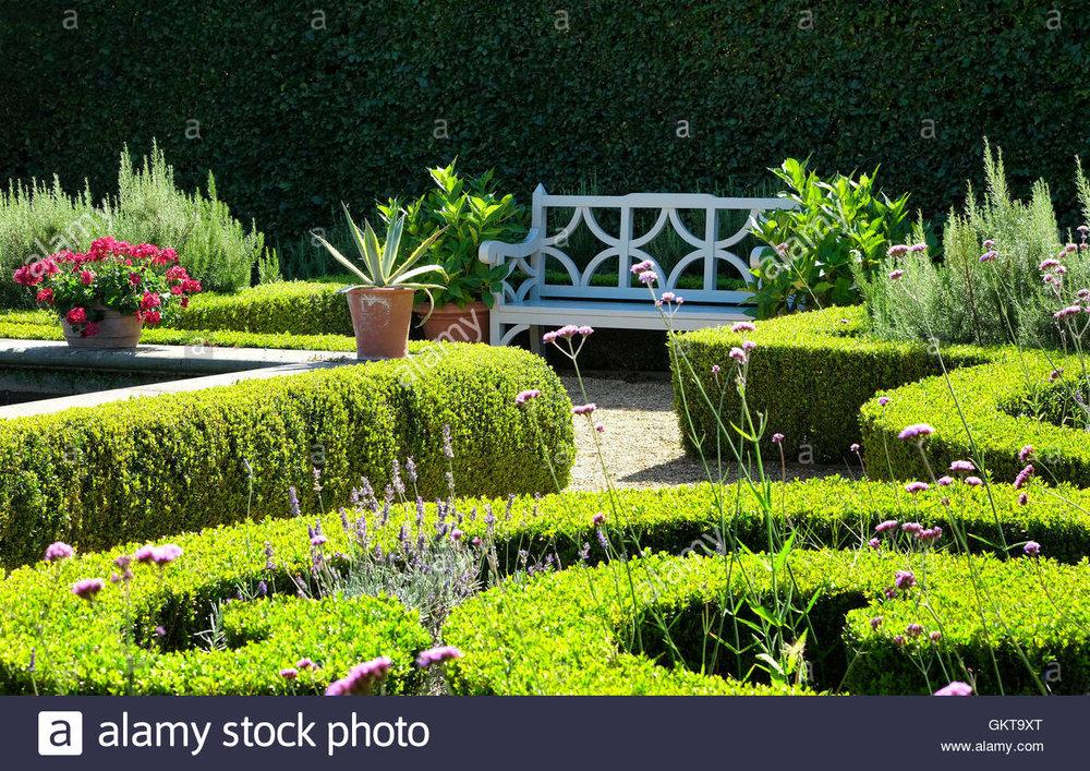 houghton-hall-gardens-norfolk-england-GKT9XT.jpg