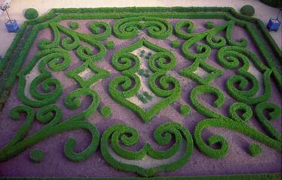 jardin-chateau-de-brecy-01.jpg
