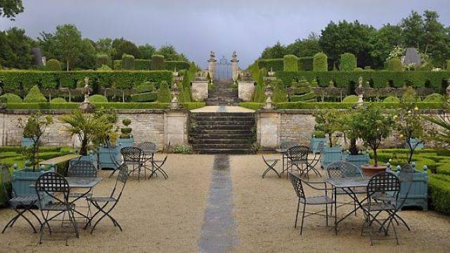 le-jardin-remarquable-du-chateau-accueille-les-visiteurs.jpg