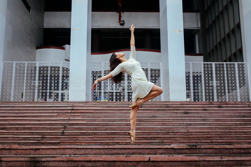Julia + Ballerinas-16.jpg