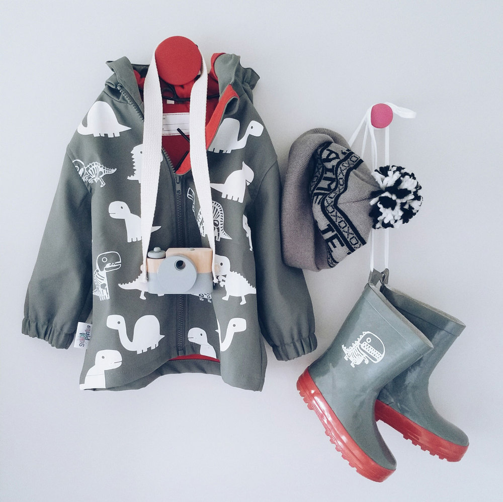 toddler-raincoat-6-nz-mummy-blogger.jpg