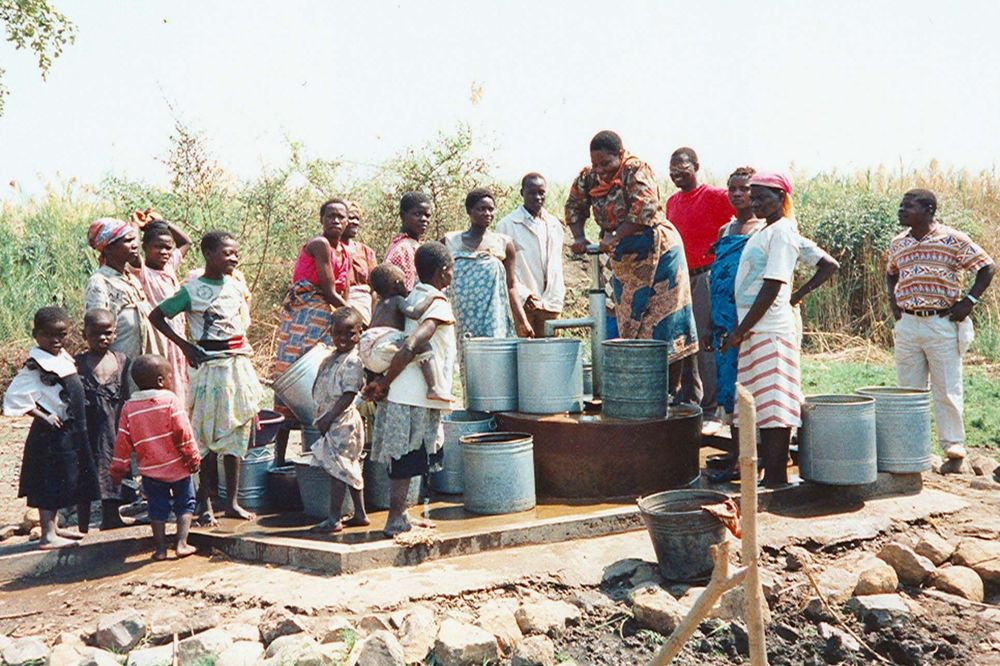 MACHILIKA WELL MANDA PUMP 1998.jpg