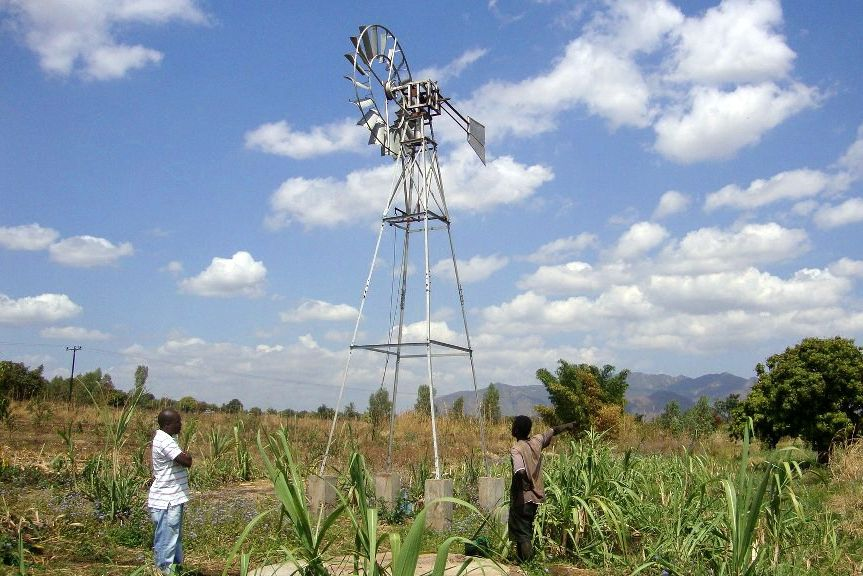 WIND-PUMP IN CHAMBULUKA - 2012.jpg