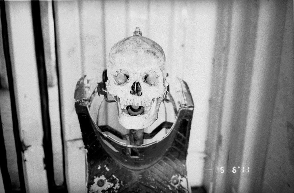 alessandro_zuek_simonetti_biennale_death_in_a_boat_02.jpg