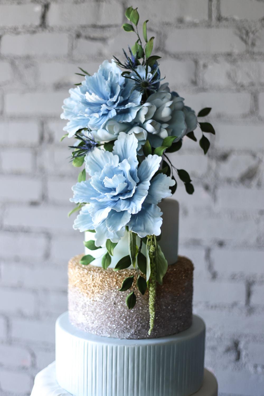 amy-cakes-okc-sugar-flowers