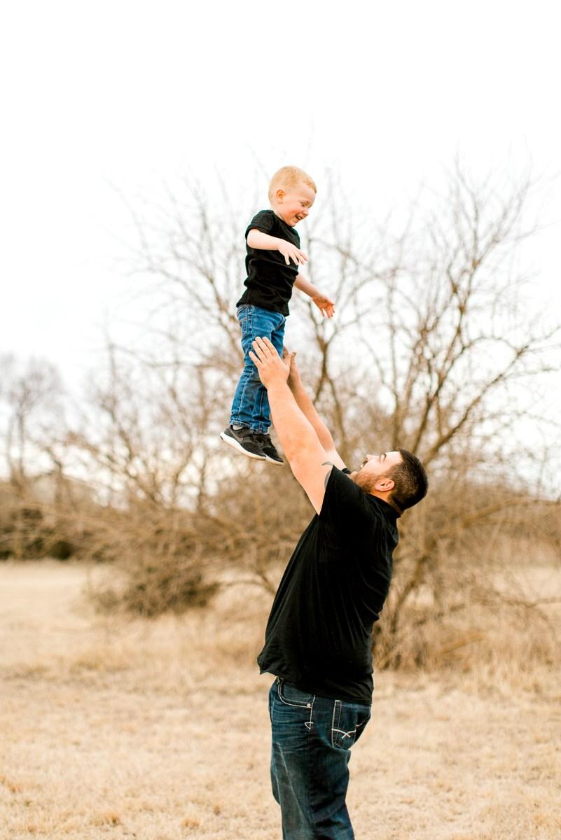 Edmond-Oklahoma-Family-Photographer-Spring-Family-Photos-6.jpg