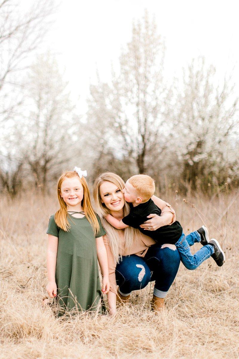 Edmond-Oklahoma-Family-Photographer-Spring-Family-Photos-26.jpg