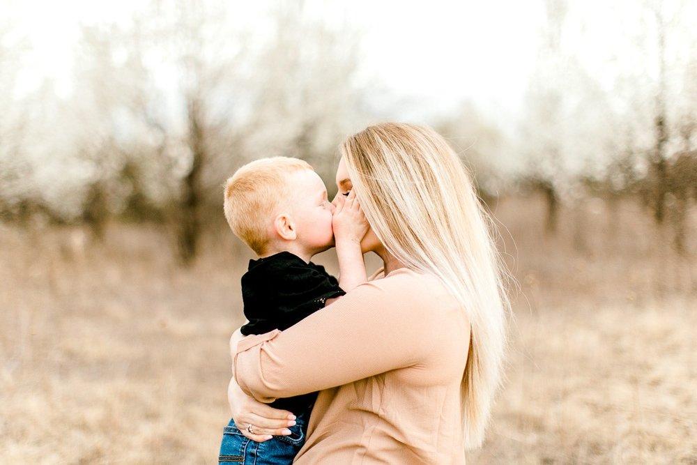 Edmond-Oklahoma-Family-Photographer-Spring-Family-Photos-30.jpg