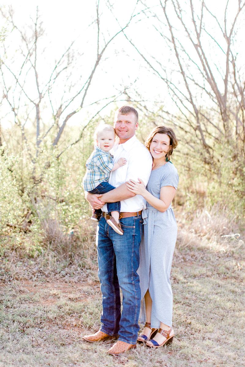 harper-family-dallas-family-photographer-kaitlyn-bullard-3.jpg
