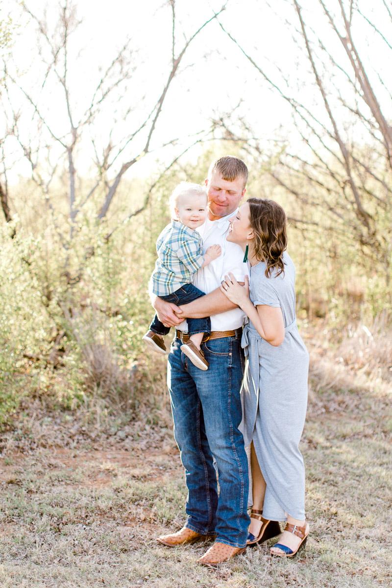harper-family-dallas-family-photographer-kaitlyn-bullard-4.jpg