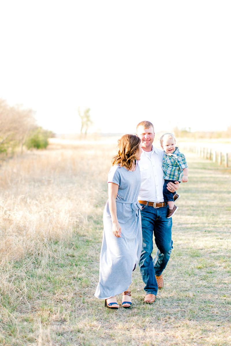 harper-family-dallas-family-photographer-kaitlyn-bullard-18.jpg