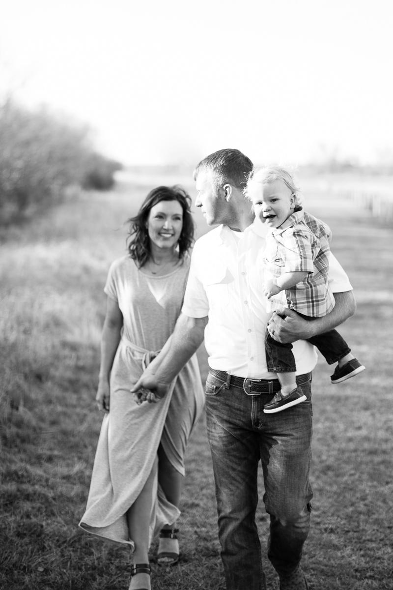 harper-family-dallas-family-photographer-kaitlyn-bullard-19.jpg