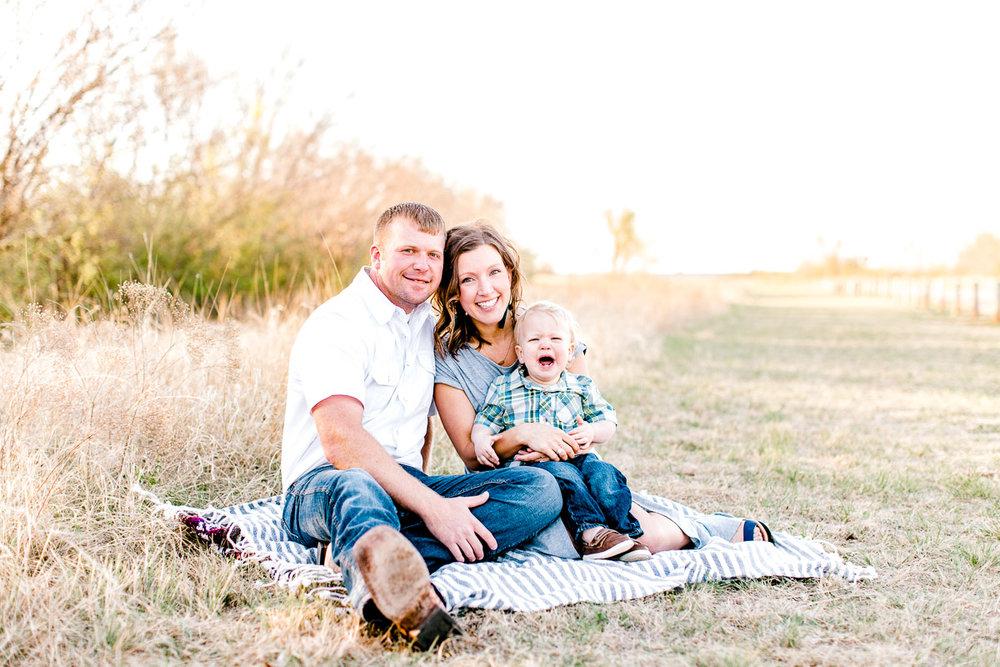 harper-family-dallas-family-photographer-kaitlyn-bullard-26.jpg