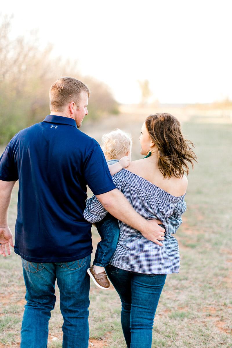 harper-family-dallas-family-photographer-kaitlyn-bullard-30.jpg