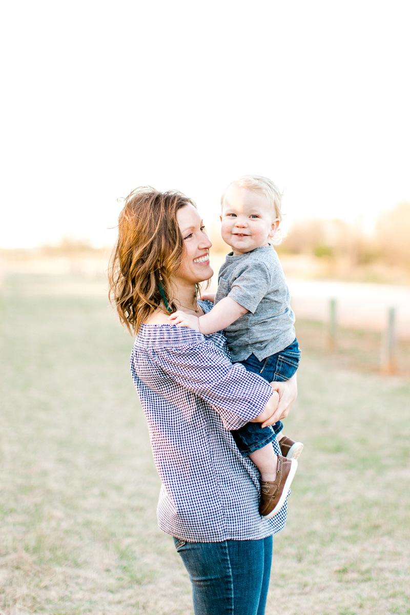 harper-family-dallas-family-photographer-kaitlyn-bullard-34.jpg