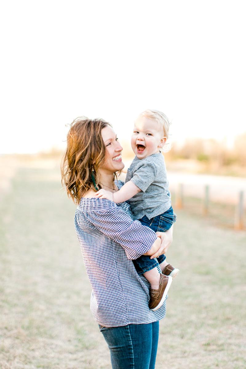 harper-family-dallas-family-photographer-kaitlyn-bullard-35.jpg