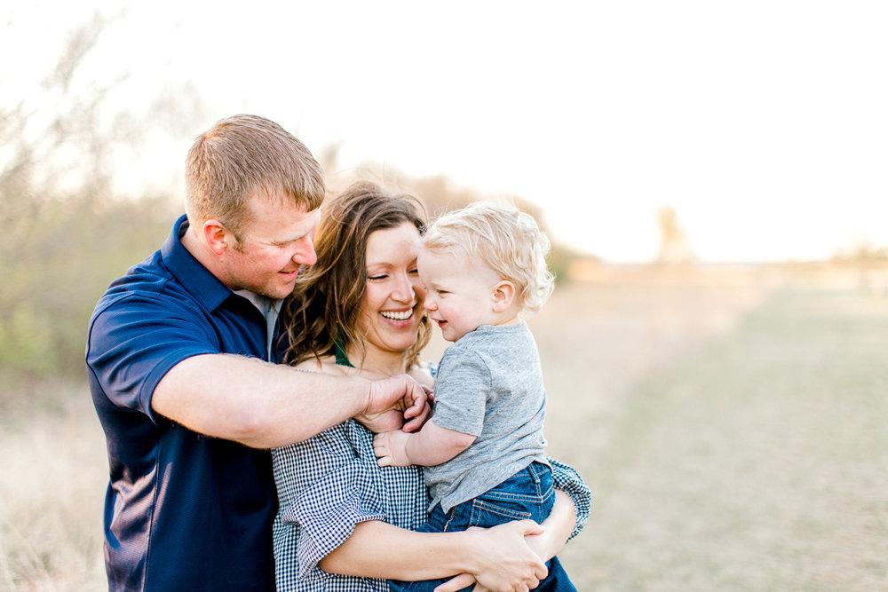 harper-family-dallas-family-photographer-kaitlyn-bullard-37.jpg