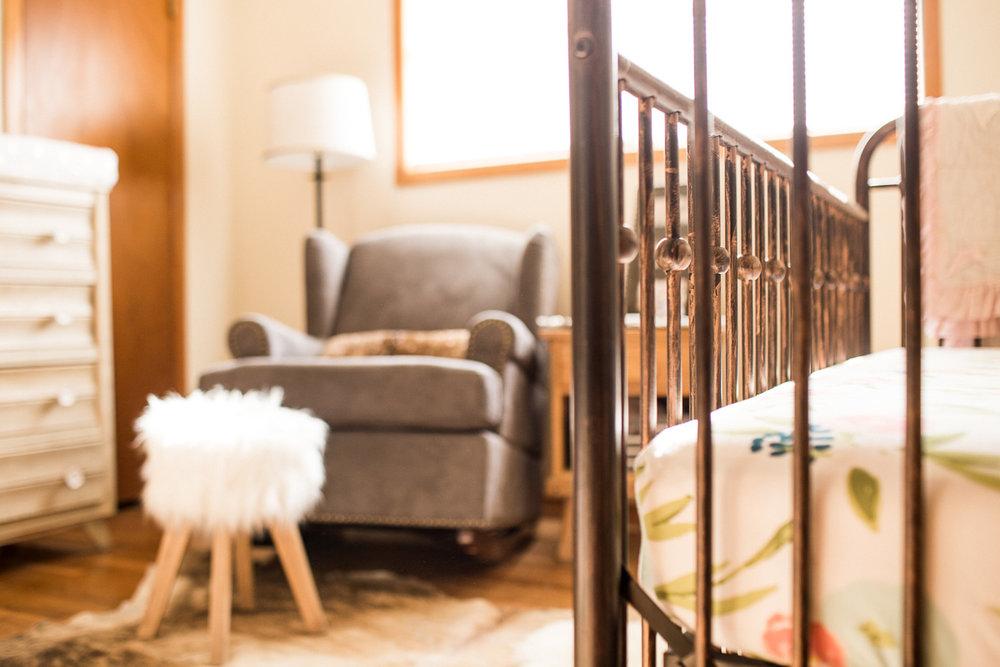 charlotte-newborn-lifestyle-session-dallas-newborn-photographer-kaitlyn-bullard-1.jpg