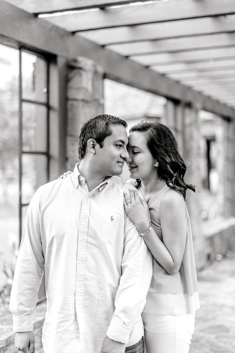 bety-luis-downtown-dallas-engagement-session-dallas-wedding-photographer-kaitlyn-bullard-47.jpg