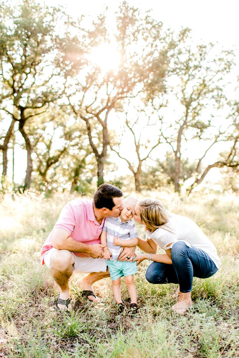 austin-family-photographer-kaitlyn-bullard-burnet-family-photos-9.jpg