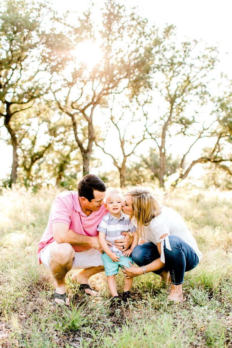 austin-family-photographer-kaitlyn-bullard-burnet-family-photos-10.jpg