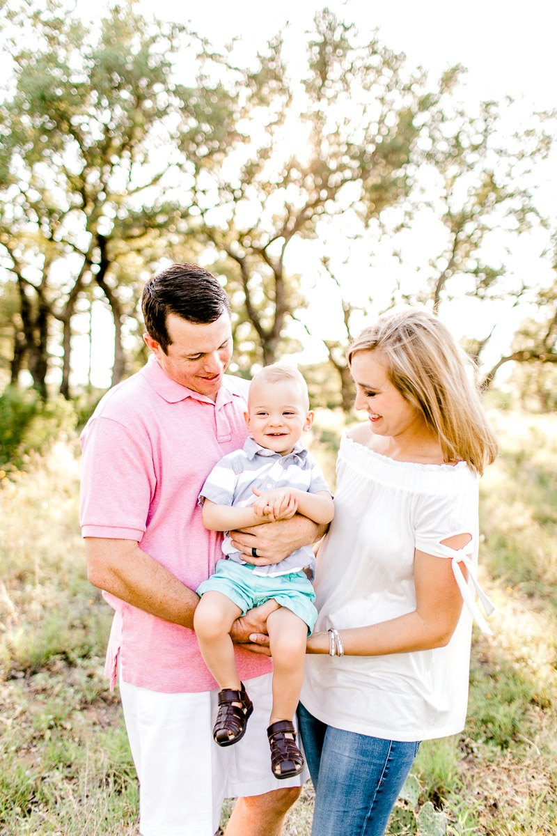 austin-family-photographer-kaitlyn-bullard-burnet-family-photos-19.jpg