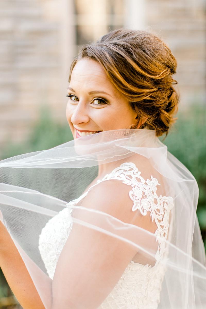 dallas-wedding-photographer-kaitlyn-bullard-mckenzi-bridal-17.jpg