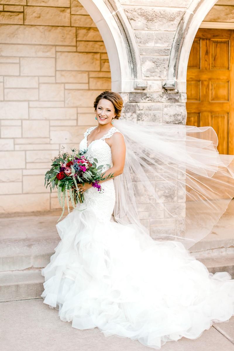 dallas-wedding-photographer-kaitlyn-bullard-mckenzi-bridal-32.jpg