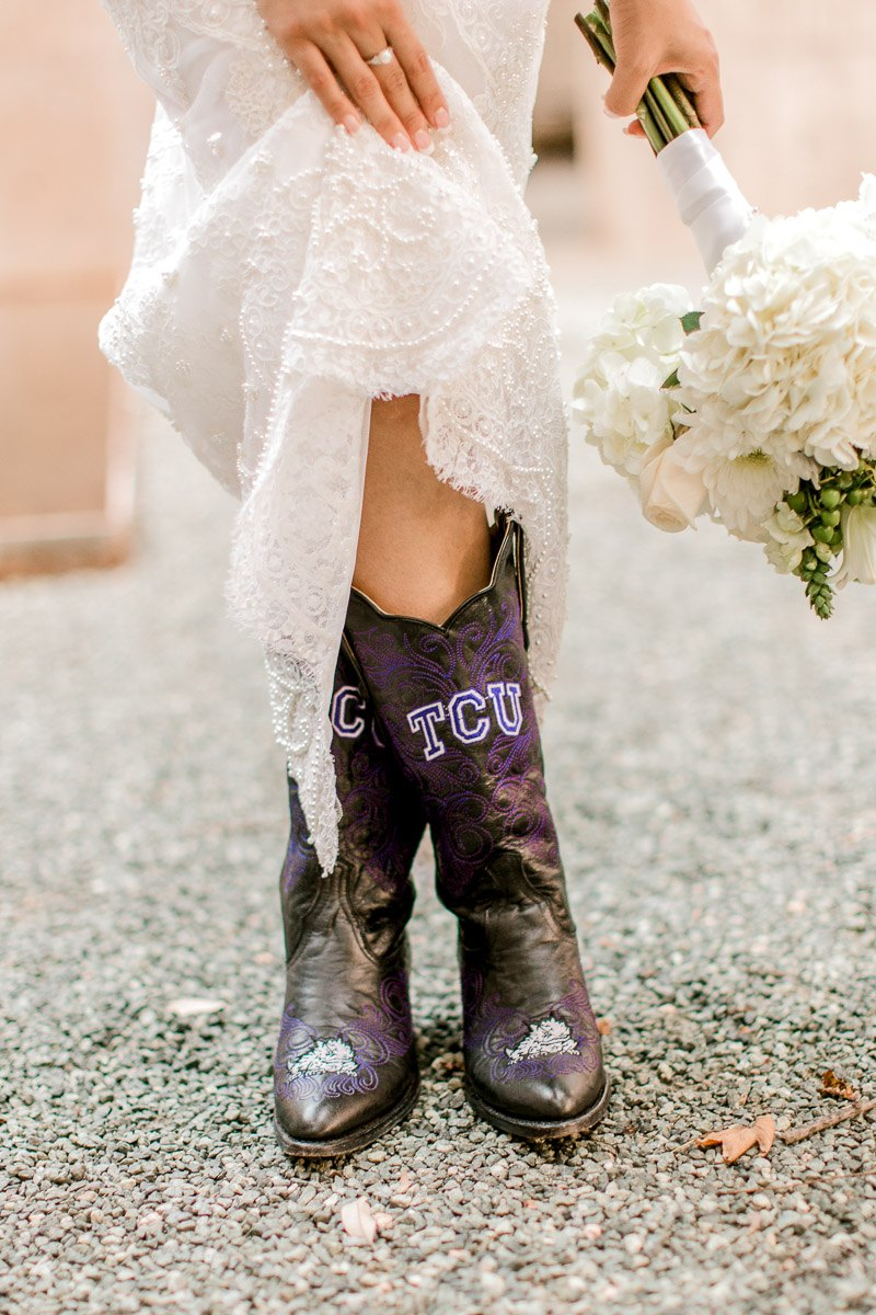 bety-bridals-fashion-industry-dallas-wedding-photographer-kaitlyn-bullard-29.jpg