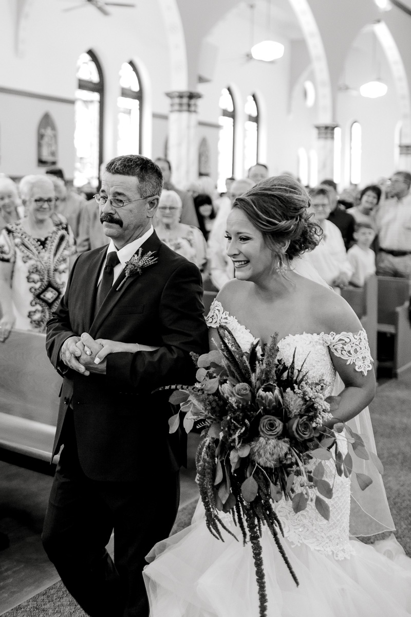 mckenzi-evan-san-angelo-texas-wedding-photographer-kaitlyn-bullard-25.jpg
