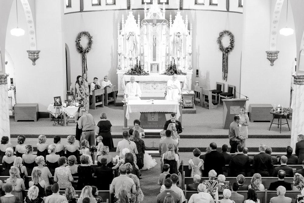 mckenzi-evan-san-angelo-texas-wedding-photographer-kaitlyn-bullard-27.jpg