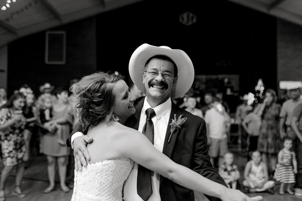 mckenzi-evan-san-angelo-texas-wedding-photographer-kaitlyn-bullard-49.jpg