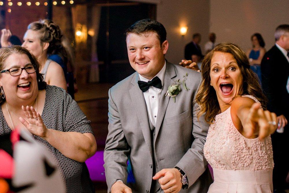 newby-wedding-the-orchard-azle-texas-fort-worth-wedding-photographer-kaitlyn-bullard-29.jpg