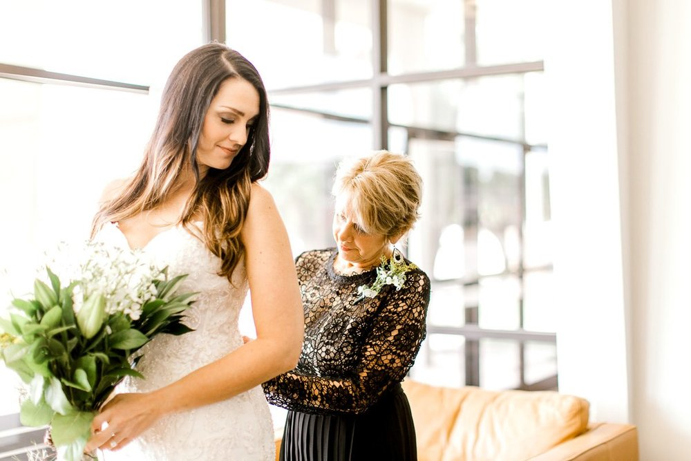 sarah-scott-bethany-first-church-wedding-okc-wedding-photographer-kaitlyn-bullard-8.jpg