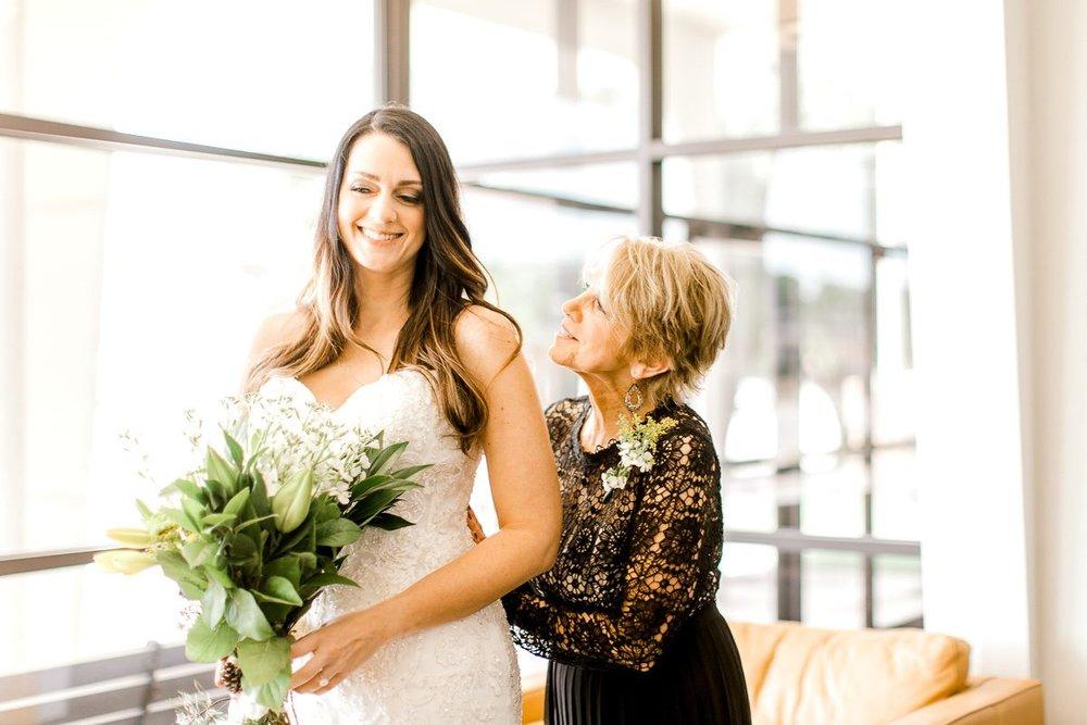 sarah-scott-bethany-first-church-wedding-okc-wedding-photographer-kaitlyn-bullard-9.jpg