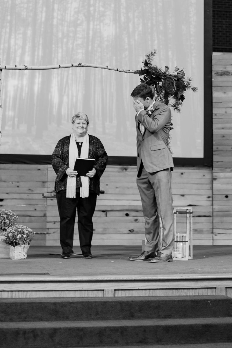 sarah-scott-bethany-first-church-wedding-okc-wedding-photographer-kaitlyn-bullard-12.jpg