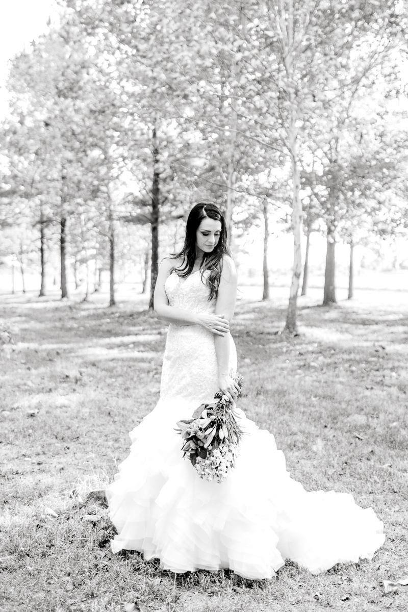 sarah-scott-bethany-first-church-wedding-okc-wedding-photographer-kaitlyn-bullard-20.jpg