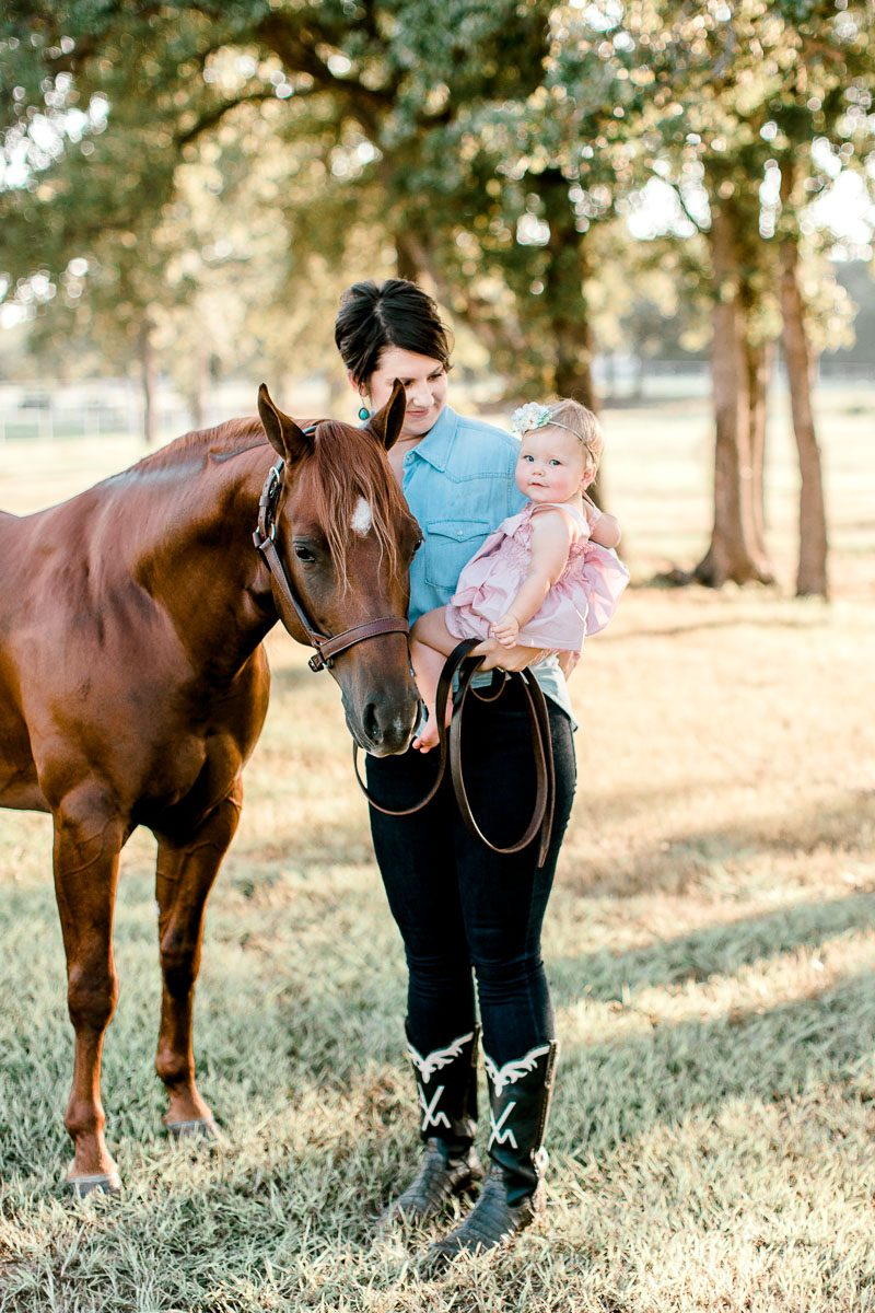 josie-one-year-dallas-family-photographer-kaitlyn-bullard-5.jpg