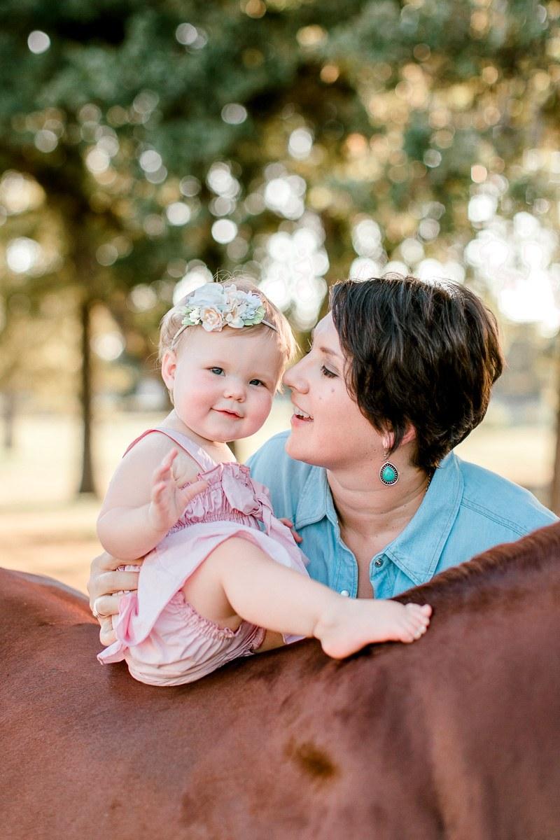 josie-one-year-dallas-family-photographer-kaitlyn-bullard-8.jpg