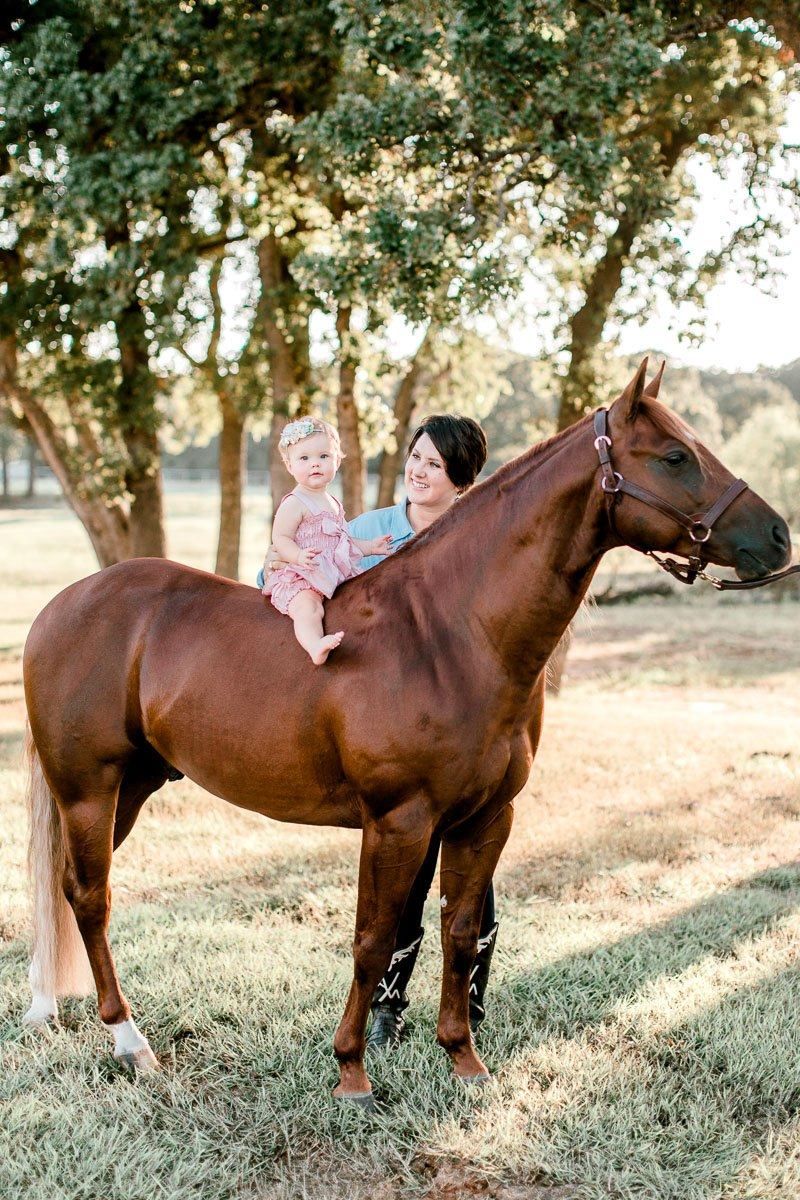 josie-one-year-dallas-family-photographer-kaitlyn-bullard-11.jpg