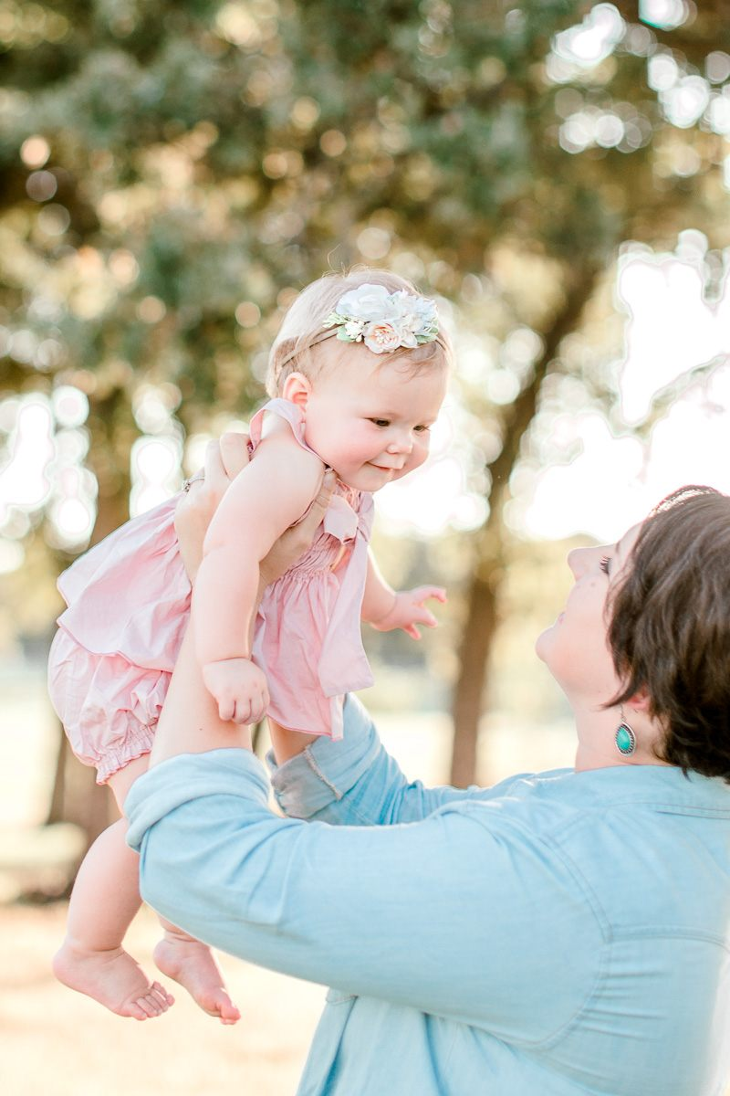 josie-one-year-dallas-family-photographer-kaitlyn-bullard-15.jpg