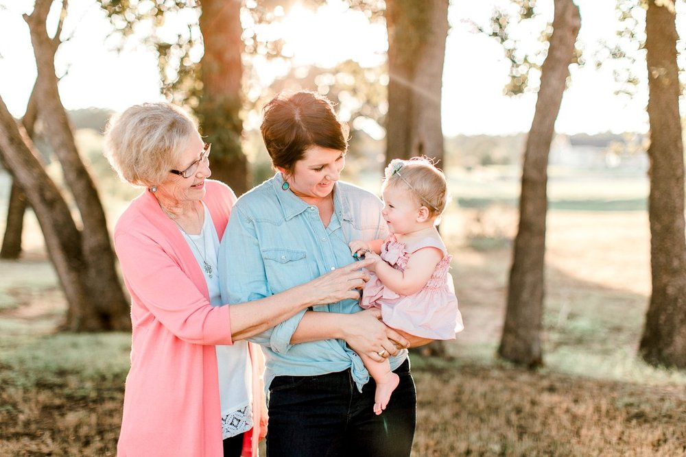 josie-one-year-dallas-family-photographer-kaitlyn-bullard-24.jpg
