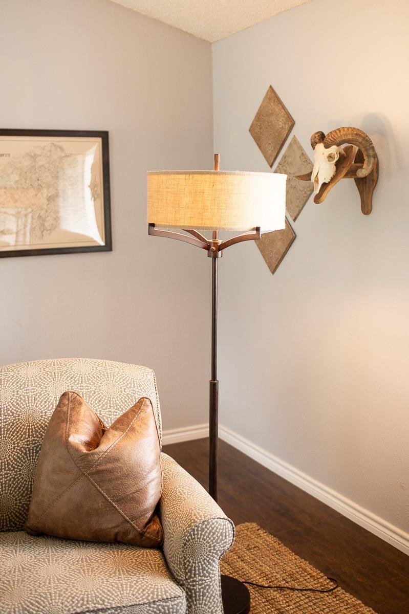 living-room-tour-dallas-lifestyle-photographer-kaitlyn-bullard-9.jpg