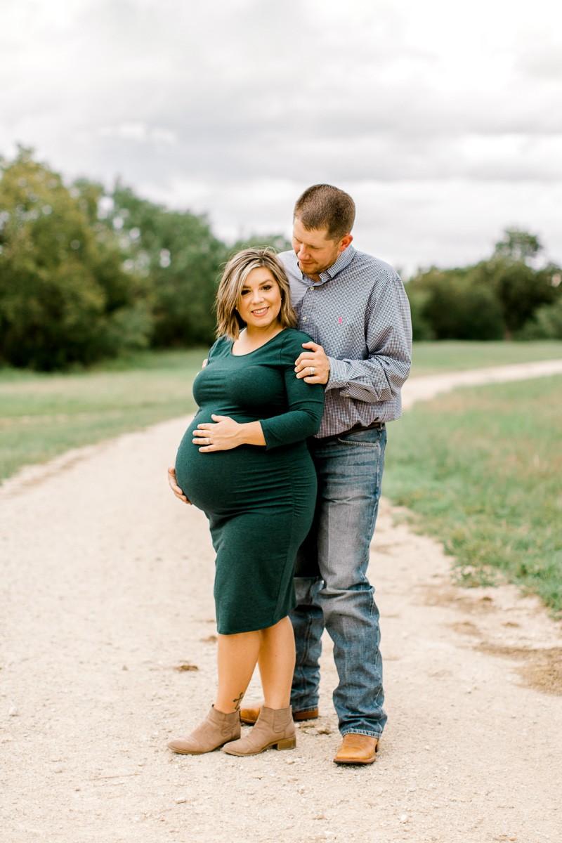 wilson-dallas-family-maternity-session-fall-maternity-session-dallas-maternity-photographer-7.jpg
