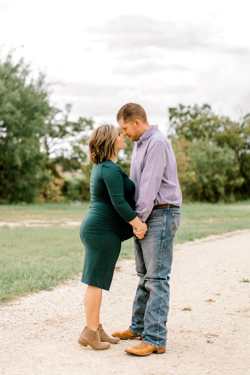 wilson-dallas-family-maternity-session-fall-maternity-session-dallas-maternity-photographer-15.jpg