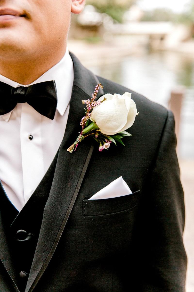 nylo-las-colinas-wedding-bety-luis-dallas-wedding-photographer-kaitlyn-bullard-44.jpg
